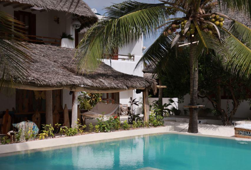 Hotel Paradise, basen